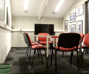 Petite salle de réunion à louer dans les locaux de Carré France, Moscou