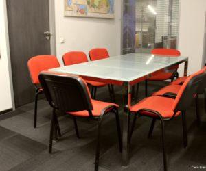 Petite salle de réunion à louer, dans les locaux de Carré France à Moscou